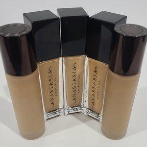 5 Foundation Luminous Bottles:3 Anastasia, 2 Becca